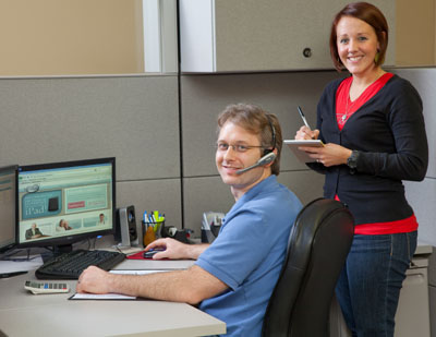 180 Medical employees in a desk cubicle