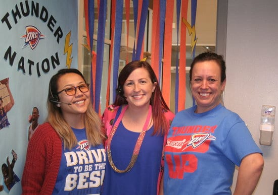 melissa and receptionists thunder up